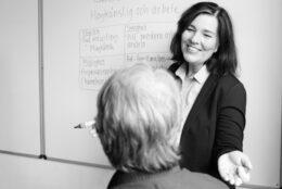 Ingrid Lindh föreläser om högkänslighet och stress i arbetslivet.